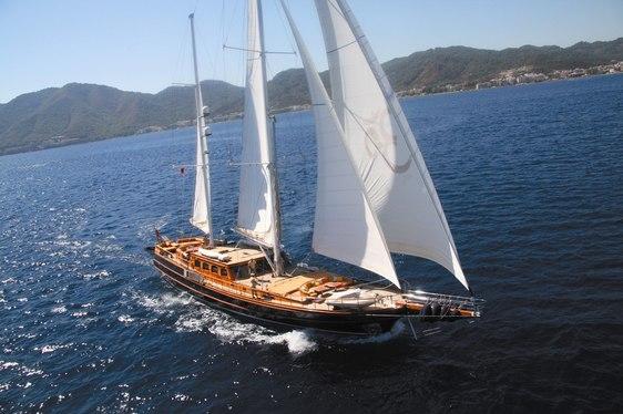 Sailing Yacht SHANTI Offers Charter Discount