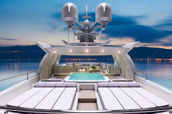 O'Pari3 Yacht jacuzzi