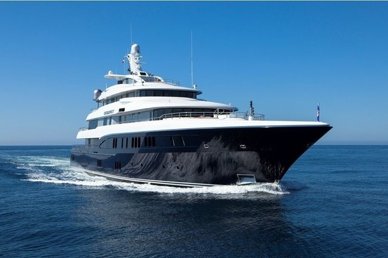 EXCELLENCE V cruising in Greece
