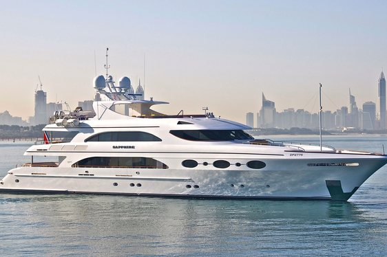 Charter Yacht SAPPHIRE Available in the Indian Ocean This Winter