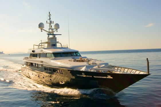 Motor yacht MARIU cruising in the East Med