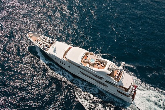 Superyacht SEAHORSE Undergoes Makeover and is Fresh for Mediterranean Charters