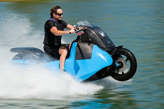 Say Hello to the New High-speed Amphibious Motorcycle