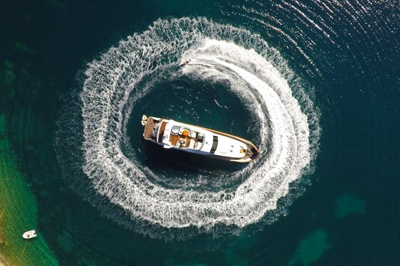 New Video and Photos Reveal Charter Life On Board Superyacht 'Nitta V'