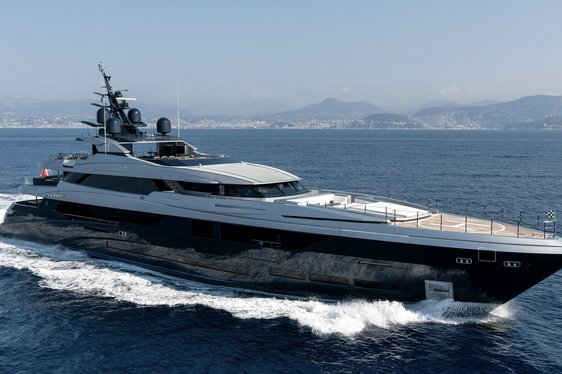 Superyacht SARASTAR opens for charter in the Mediterranean