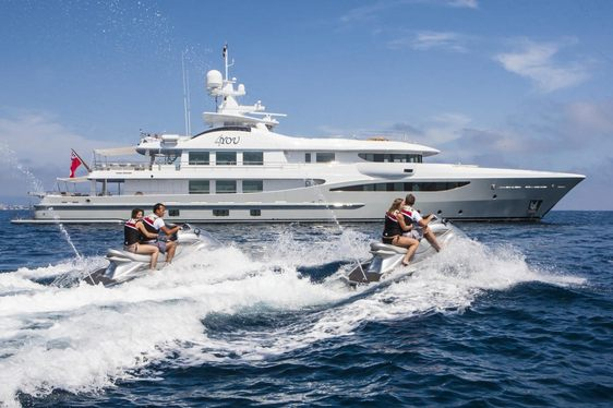 Motor Yacht 4YOU Still Open For Last Minute Charter In The Caribbean