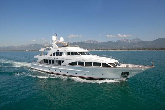 Benetti Motor Yacht 'Elena Nueve' Drops Rate for Last-Minute Ibiza Charter