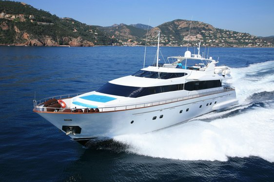 Motor Yacht 'POWDERMONKEY OF LONDON' Offering Charter Deal