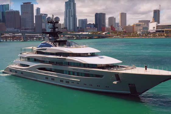 superyacht kismet from lurssen arrives in miami for miami yacht show 2019