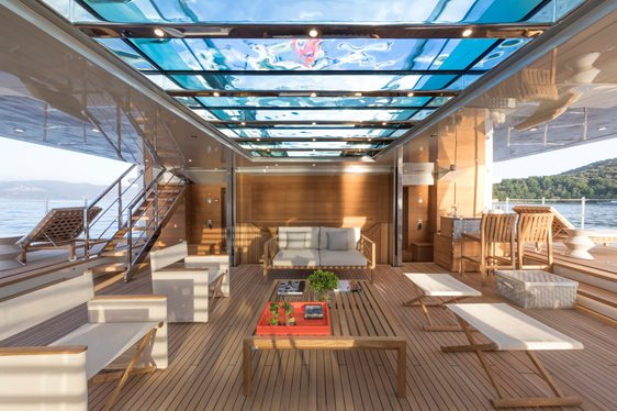 VIDEO: See the Beach Club On Board Superyacht 'Seven Sins' In Action