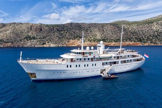 superyacht SHERAKHAN anchors during a Mediterranean yacht charter