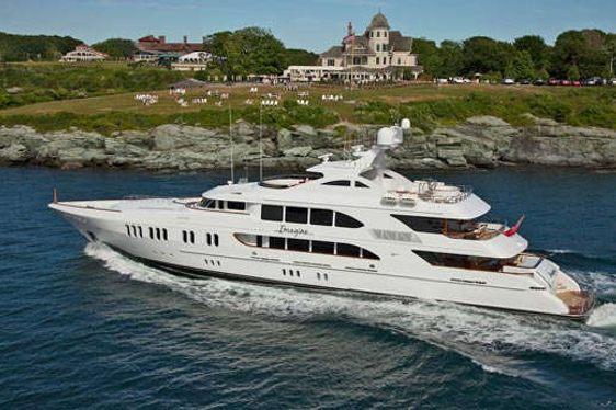 Motor Yacht Aspen Alternative cruising on charter