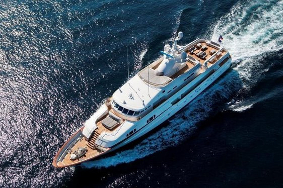 Superyacht BG Offers Outstanding Deal For Charters In The Bahamas