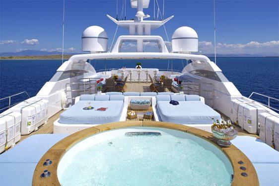 Jacuzzi on the sun deck of charter yacht O'Ceanos