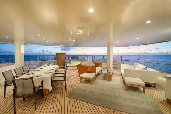 Escape to the Maldives aboard Expedition Yacht SENSES