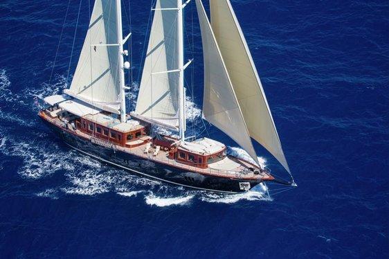 superyacht SATORI underway on a Mediterranean yacht charter