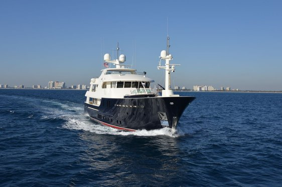 Motor Yacht SAFIRA Sold and Off the Charter Market
