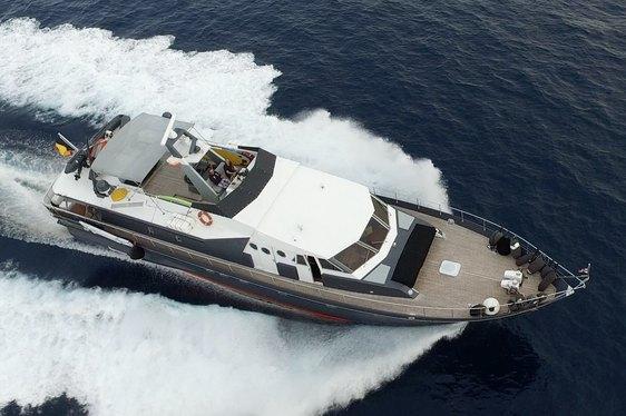 Motor Yacht 'Sea Seven' Joins Charter Fleet
