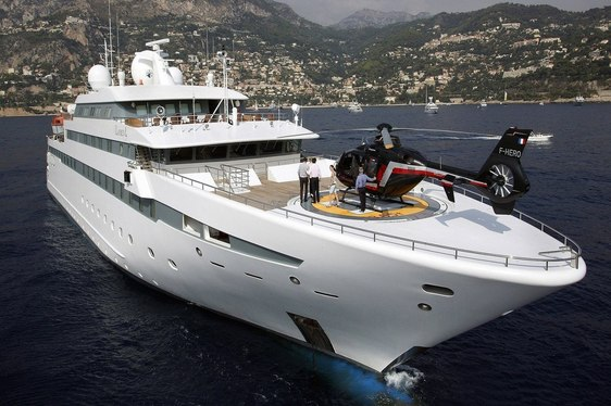 Superyacht 'Lauren L' offers special Mediterranean charter rate