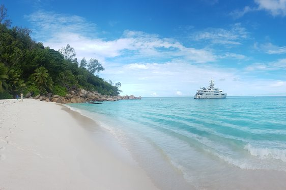 Superyacht CLOUDBREAK opens for Seychelles yacht charter