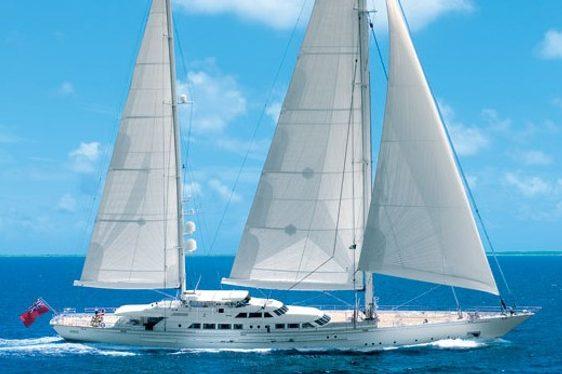 Felicita West Sailing Superyacht underway