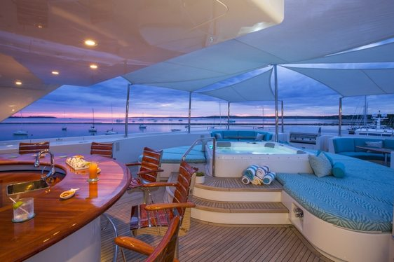 Luxury Yacht RHINO Offers Special Rate for Amalfi Coast Charters