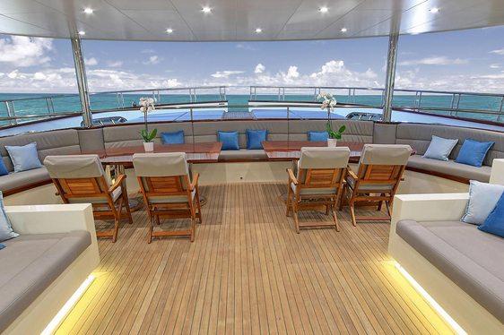 Brand new motor sailer yacht MEIRA joins charter market
