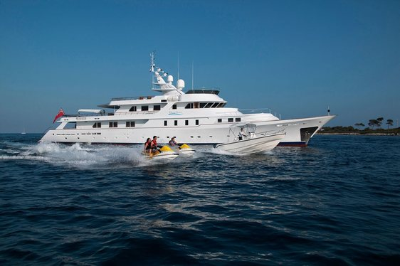 Superyacht 'Shake N Bake TBD' Offers Charter Discount in the Caribbean