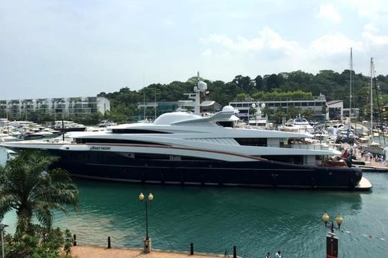 The 2015 Singapore Yacht Show Opens