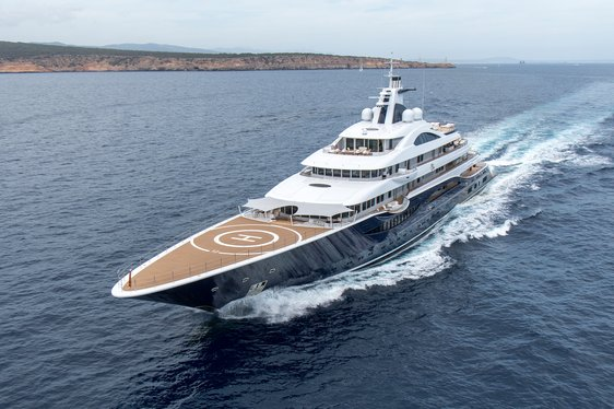 Luxury yacht TIS underway in the Mediterranean