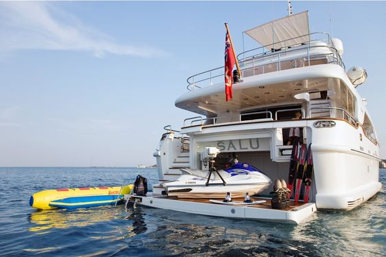 Superyacht SALU Reduces Rate By 50% For France Charter Vacation