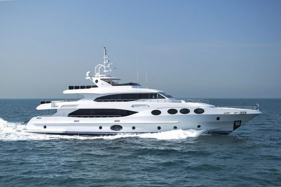 Latest Majesty 125 to Premiere at Dubai Boat Show