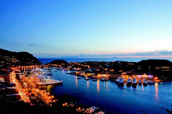 Yachts Gustavia Harbour