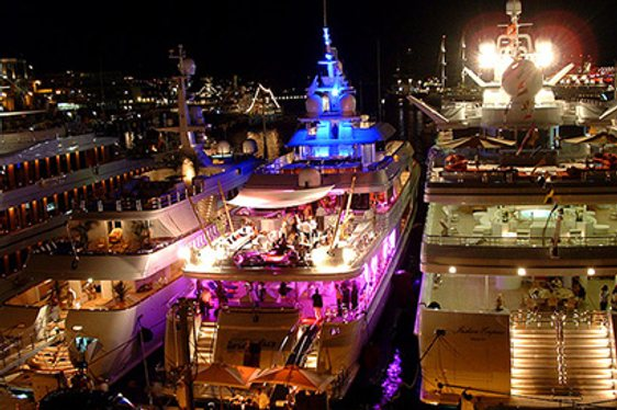 VIDEO: Behind the Scenes on a Superyacht Party at Miami Art Basel