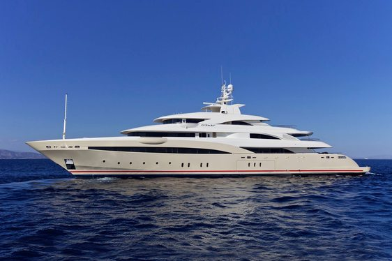 Superyacht O'Pari3 on seatrials