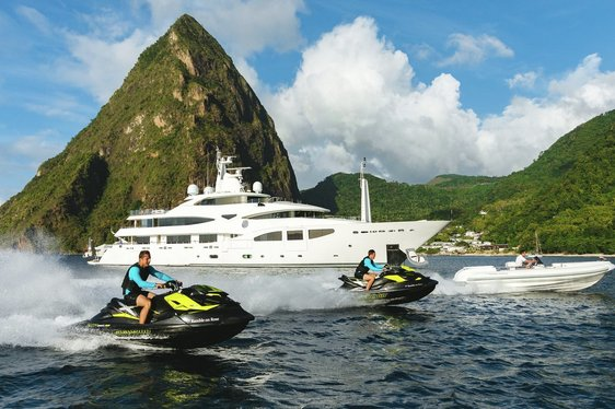 Motor yacht 'Ramble On Rose' available for South East Asia charter in January 2020