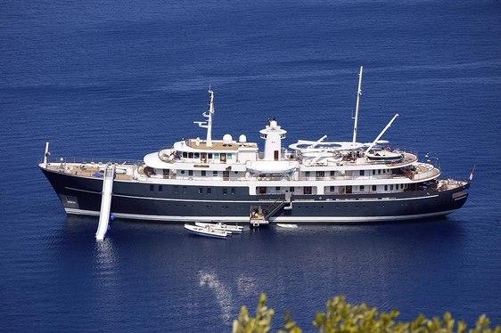 Superyacht SHERAKHAN Offers Charter Deal