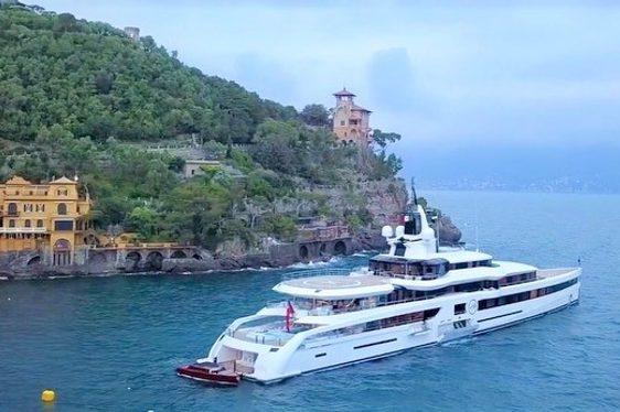 Lady S luxury yacht in Portofino