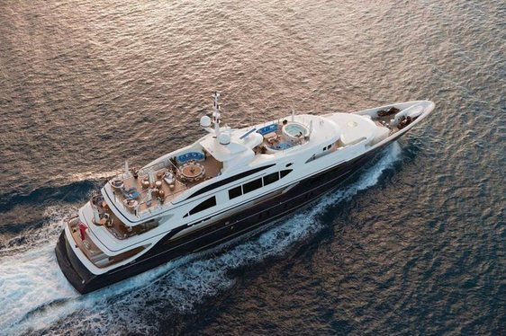 Charter Yacht SWAN in the Caribbean