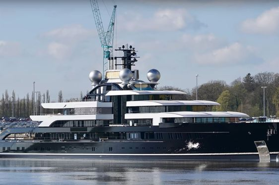 Video: The Launch Of Lurssen Superyacht 'Project Thunder'