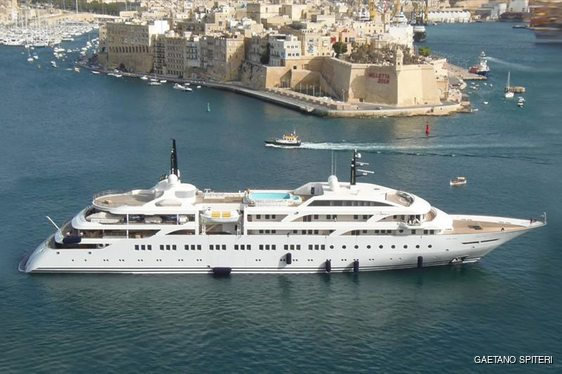 World Exclusive: New 106m Greek superyacht DREAM delivered to her owner