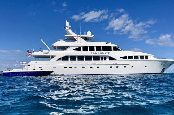 superyacht TANZANITE at anchor with tender on Bahamas yacht charter
