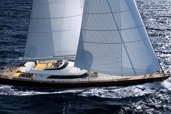 sailing yacht BLUSH underway on a Caribbean yacht charter