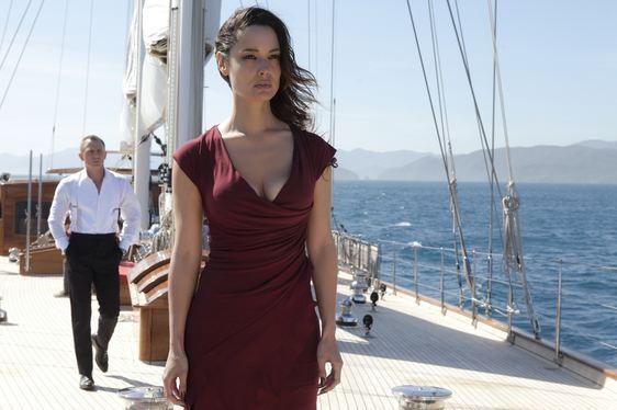 James Bond (Daniel Craig) and Sévérine (Bérénice Marlohe) filming on the deck of REGINA