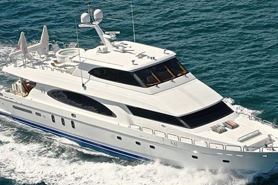 Motor Yacht Restless Signed For Charter
