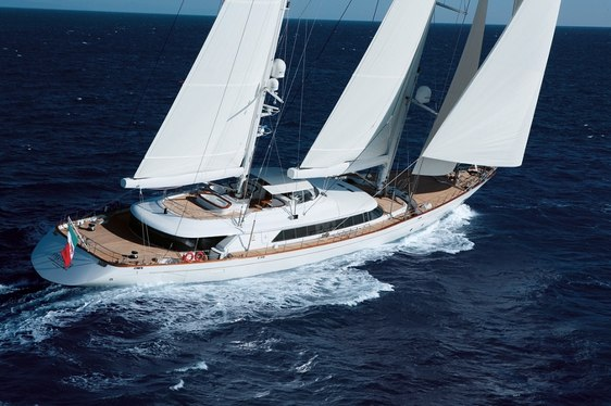 Charter in Perini Navi Cup-Winning Style on board Superyacht ROSEHEARTY