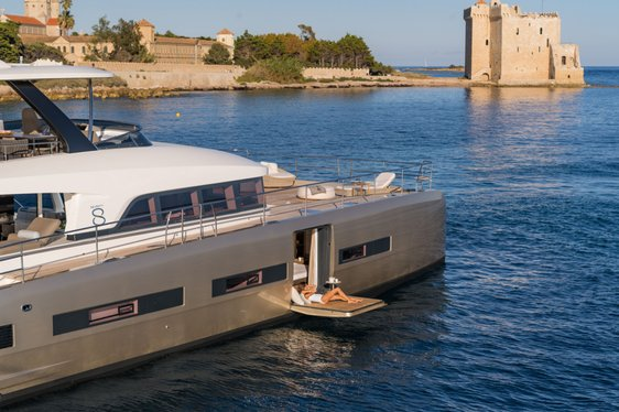 Brand new luxury yacht 'Double Down' opens for Caribbean yacht charters