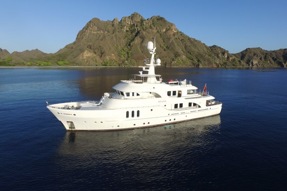luxury yacht BELUGA cruising on a Papua New Guinea yacht charter