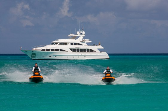 Motor Yacht CAMARINA ROYALE Available in the Bahamas