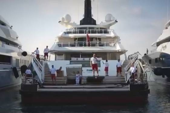 How to Dock a Superyacht - Starring Superyacht 'Alfa Nero'